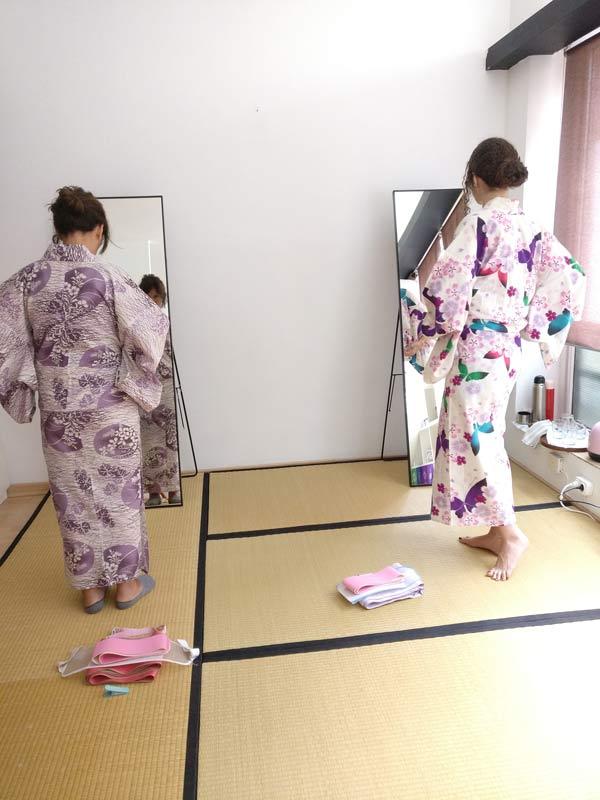 clases de vestir kimono